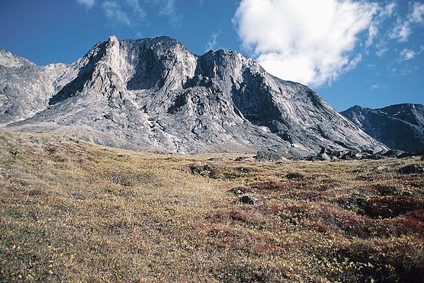 mountainous Nunavut landscape