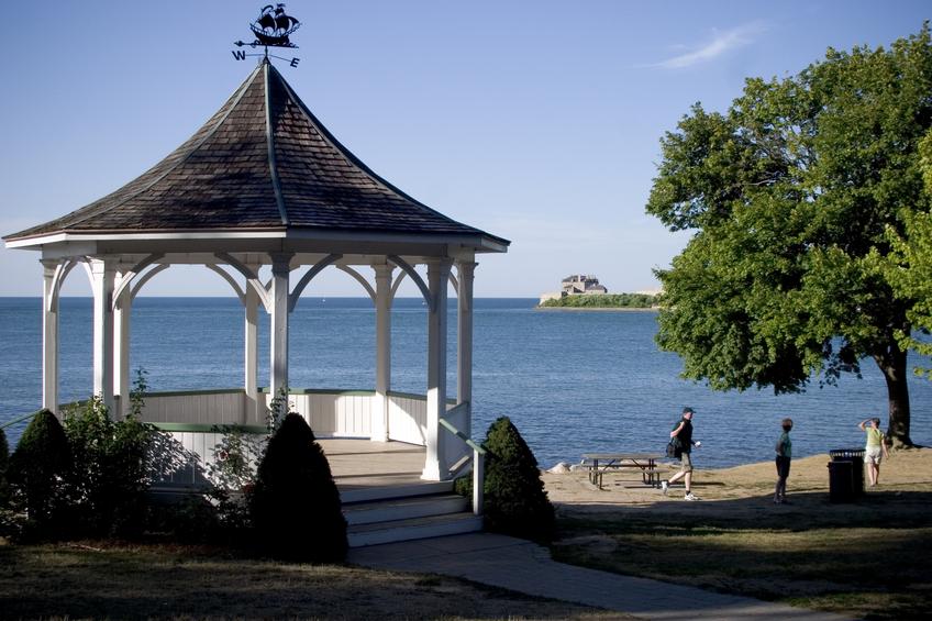 Niagara On The Lake (ON) Canada  city photos gallery : garden house at Lake Ontario Niagara on the Lake.
